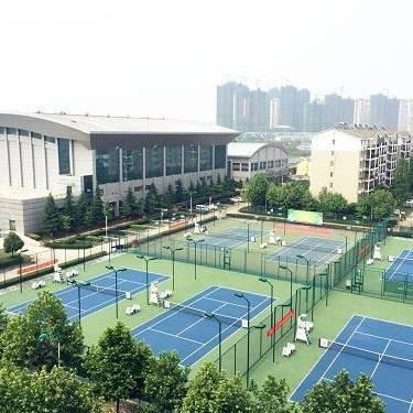 职业学校网球场